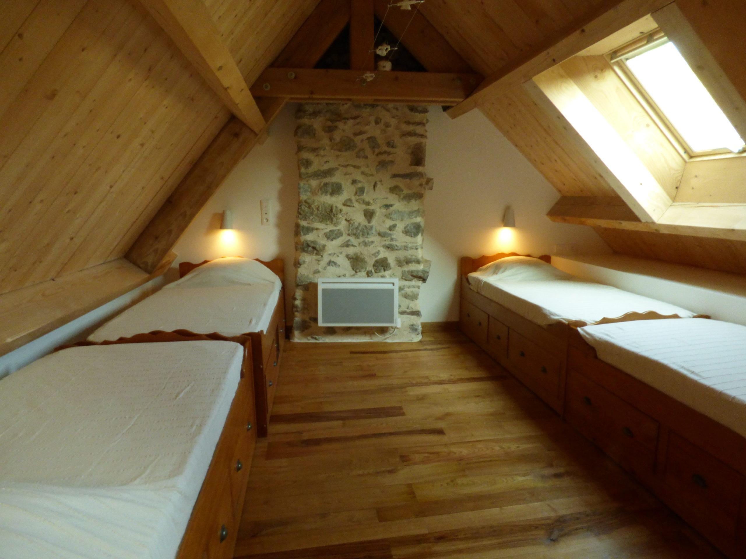 Chambre à 4 : grange de Liournat